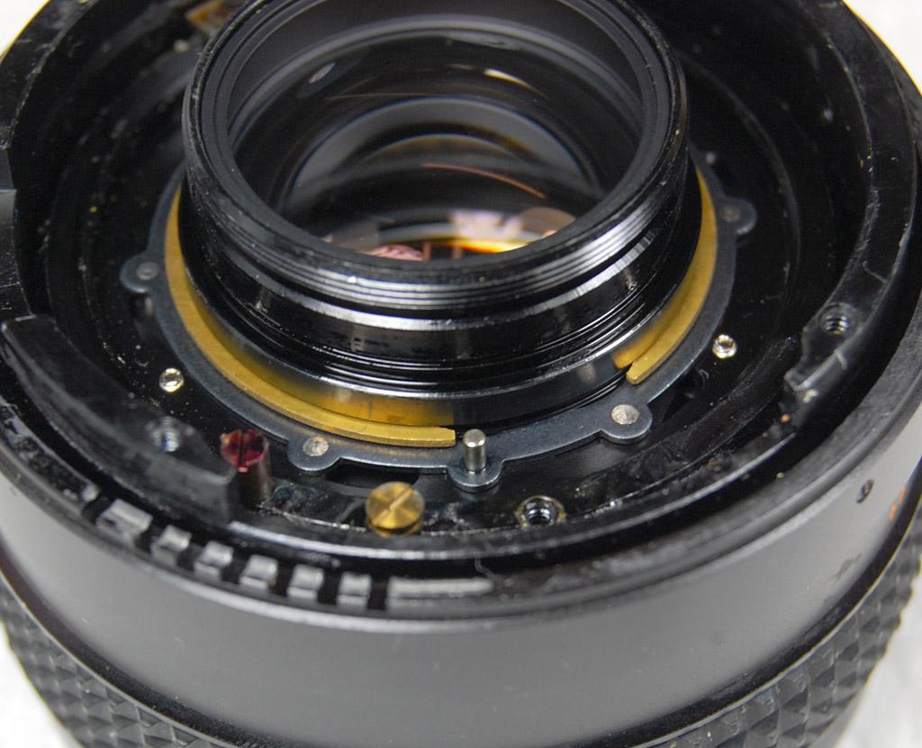 Konica Hexanon 50mm 1.7 Cleaning Diaphragma Mechanism (12)