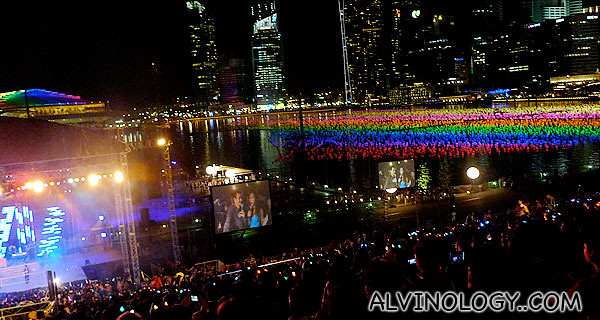 Singapore supports rainbow pride!