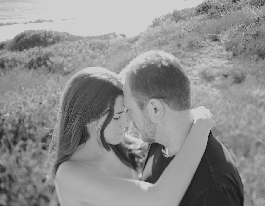 Orange-County-Rustic-Engagement-Photography-in-Silverado-Canyon-with-a-swing.-002