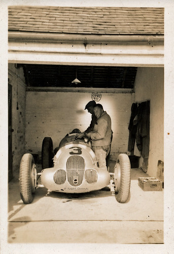 Mercedes Benz W125 - Manfred von Brauchitsch - 2nd place Donington GP 2 Oct 1937 - 01