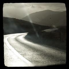Road trip - Sunday in Connemara (sara zollino) Tags: road street trip ireland light sunset irish west galway car drive weekend sunday hills connemara celtic celt gaelic kylemore maamcross westernireland sarazollino