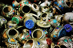♥ مــرة سـنه وقـلبي لازال يـنبض بـحبك (eL reEem eL sro0o7e ♥) Tags: old colors antique rings missyou oman souq