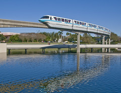 Monorail Teal (Ray Horwath) Tags: water reflections epcot nikon disney disneyworld transportation nikkor wdw waltdisneyworld waterreflections d300 futureworld disneytransportation nikkorlens horwath monorails disneyphotos nikkor18mm200mmlens rayhorwath disneymonorails monorailteal mygearandmepremium disneyworldmonorails