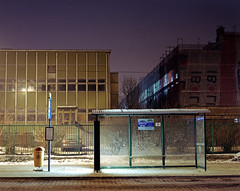 Bus stop, cold night. (wojszyca) Tags: longexposure winter cold mamiya night canon mediumformat kodak poland busstop 400 6x7 katowice portra canoscan hoya rz67 110mm 80b autaut 9000f
