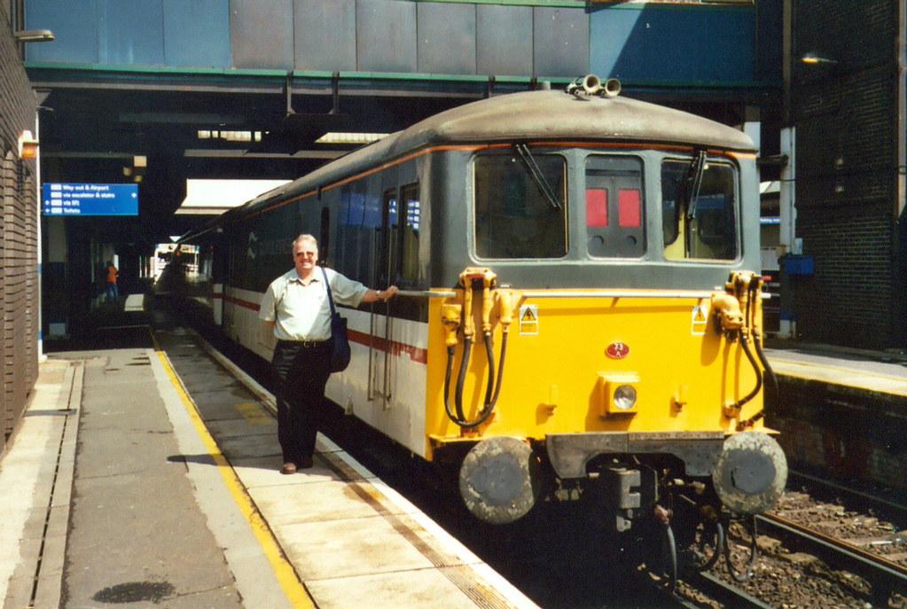 Gatwick Express Class 73 73201 - Gatwick Airport