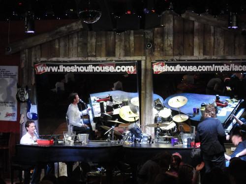 shouthouse 013