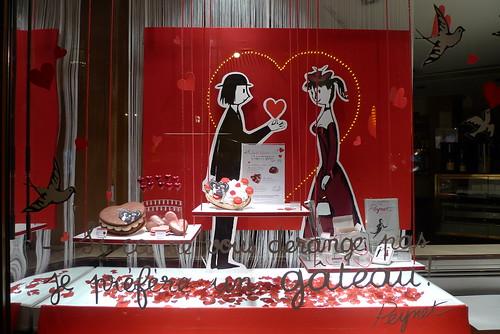 Vitrine Dalloyau Saint-Valentin - Paris, février 2011