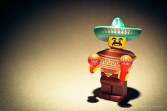 49/365 its friday...ole (photography.andreas) Tags: portrait macro canon germany deutschland photography lego mexican minifig saarland project365 eos40d canoneos40d canonefs1855mmf3556is urweiler