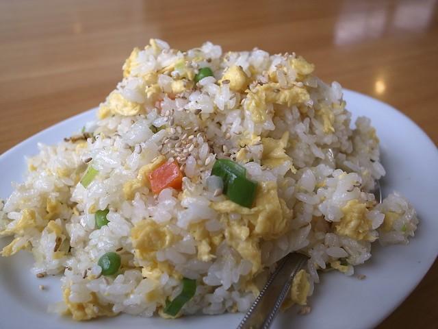 半チャーハン Fried rice
