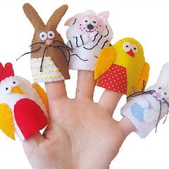 Fun with the Easter Animal Finger Puppets (www.withhugsandkisses.co.uk) Tags: boy baby rabbit bunny chicken girl easter children toy duck sheep felt lamb valentino fingerpuppet folksy