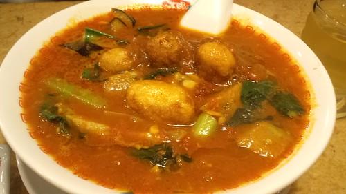 太陽のトマトカレー麺