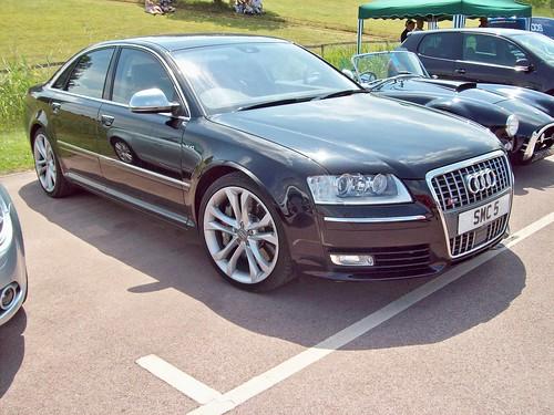 2006 Audi S8. 286 Audi S8 (2006-10)