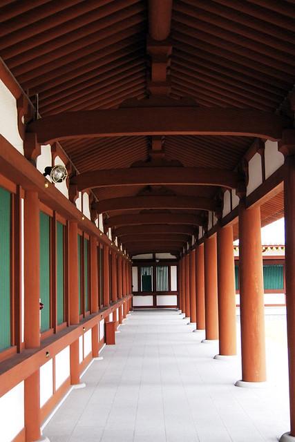 20101117_090719_薬師寺_回廊