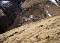 Verso valle (Signalkuppe 4:3) Tags: val monte cima croce rifugio pianchette cavargna