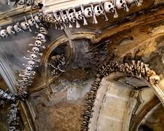 Kutn Hora (autumnal fires) Tags: church geotagged skull tschechien ceiling ossuary czechrepublic bone kutnhora beinhaus kuttenberg