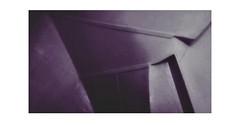 Verschachtelt (One-Basic-Of-Art) Tags: fotografie photography photo photos photoart art foto fotos rahmen weis weiss lila violet pink verschachtelt abstract kunst abstrakt kunstwerk artwork 1basicofart annewoyand anne woyand linien ecken kanten formen fotorahmen