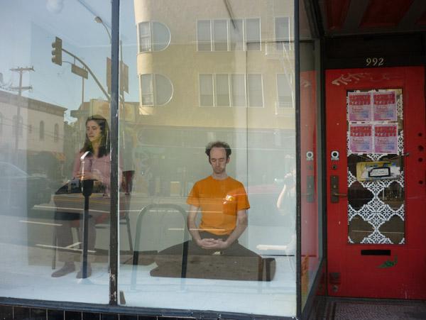 meditating-valencia03
