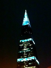 Al Faisaliah Tower (Atéf AlShehri) Tags: blue black tower night saudi arabia riyadh alfaisaliah iatef alshehri