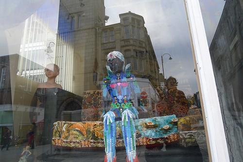 Hello playmates! (maf*pHew) Tags: sculpture reflection art window studio toys doll sofa windowshopping clothespegs redruth spnp robertbradford streetphotographynowproject mafphew mafphoto