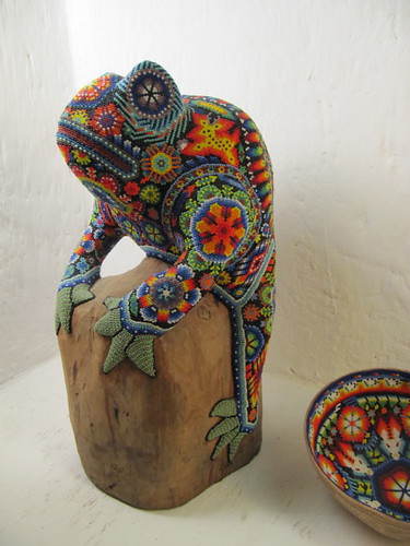 Huichol beaded reptile