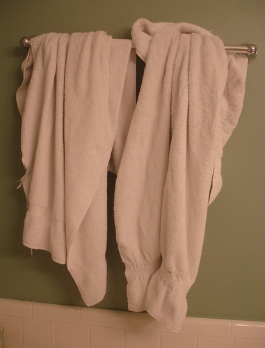 Bunched Hanging Towels