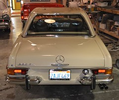 "1971 Mercedes SL 280 Pagoda • <a style=""font-size:0.8em;"" href=""http://www.flickr.com/photos/85572005@N00/5436809374/"" target=""_blank"">View on Flickr</a>"