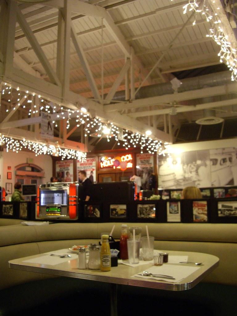 Hollywood - Hal's Diner
