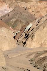 Trail to Artists Palette (Queen_Lexa) Tags: vacation desert deathvalley geology desertcolors mojavedesert artistspalette artistpalette artistsdrive artistdrive desertgeology