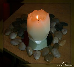 BY CANDLELIGHT (vicki127.) Tags: mirror candle canon300d pebbles indoors flame february soe 2011 digitalcameraclub absolutelyperfect youmademyday flickraward thisphotorocks ilovemypics mygearandme ringofexcellence vickiburrows vicki127
