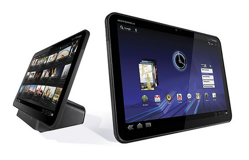 Motorola Xoom vs. Apple iPad - Quick Compare/Contrast