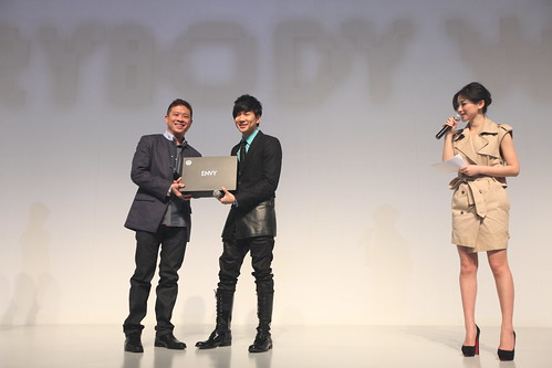 Robin Seow with JJ Lin