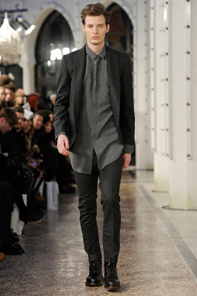 Albert Kraup3128_FW11_Copanhagen_Jean Phillip(Official)