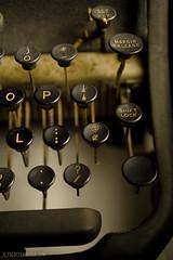 Still LIfe_029_20110123 (T. Scott Carlisle) Tags: old typewriter vintage remingtonrand tscottcarlisle tscottcarlislecom