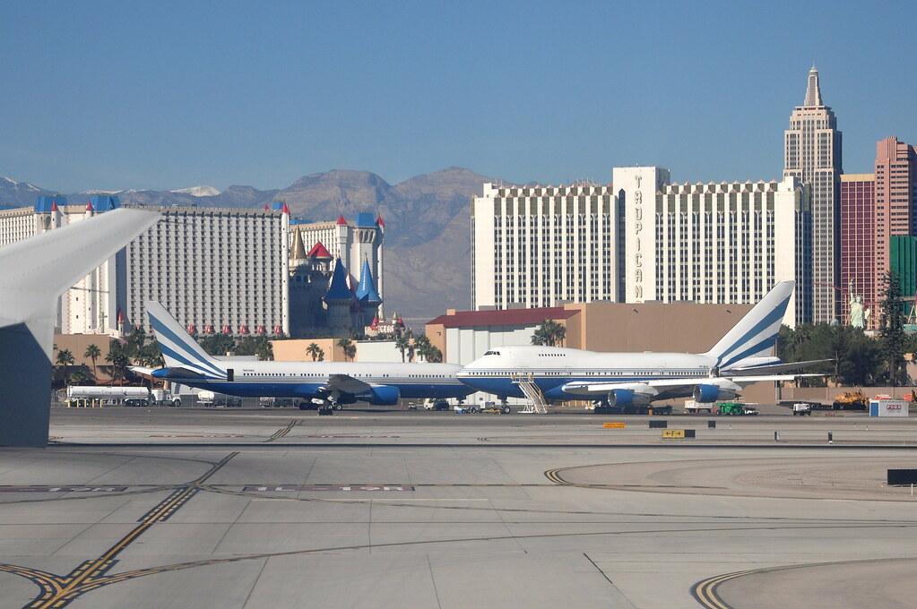 Las Vegas Sands Corporation - Boeing 747SP - VP-BLK and Interface Operations - Boeing 767-300ER - N804MS - McCarran International Airport (LAS) - Las Vegas - November 12, 2010 037 RT CRP