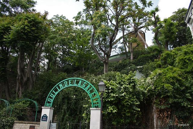 L'autre Moulin de la Galette : moulin Blute-fin