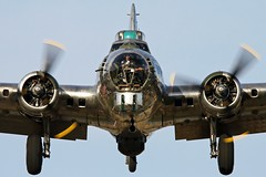 Sentimental Homecoming (Joe_Copalman) Tags: b17 bomber ww2bomber