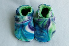 *0-6 Months*  Grapevine Organic Bamboo Velour Booties