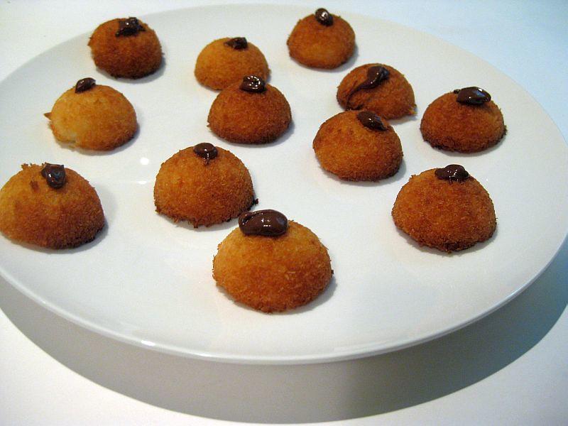 coconut macaroons 7833