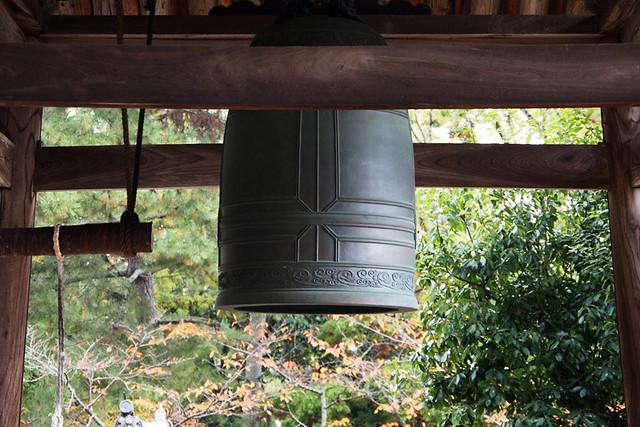 20101118_095338_法隆寺_時の鐘