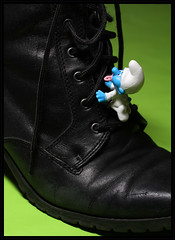 Climbing (Rigib) Tags: pink blue baby canon toy boot miniature character small large explore figure 60mm f71 smurfs bb pacifier schlumpf pitufo niemowl bambino schlmpfe schtroumpf    dt  puffo  lens00025 img4475   babysmurf explore141     365toyproject moulov sanafer ourdailychallenge