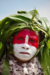 Goroka Show 03 (travelationship) Tags: travel travelationship travelphotography papuanewguinea png gorokashow goroka easternhighlandsprovince singsing tribe culturalshow