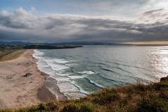 Xag, Asturias (ccc.39) Tags: asturias gozn xag cantbrico atardecer sunset nubes nuboso rayosdesol ocaso lejania seascape