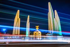 """ Light of Monument "" (suwaparnjaruchaisittikul) Tags: night democracy monument road circle light nightlight bangkok thailand cityscape urban street architecture"