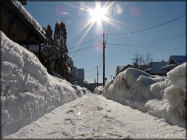 P1130833_sidewalk