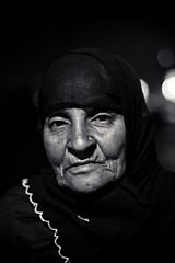 The old Lady. (Jos5941) Tags: old portrait woman india lady canon asia muslim hijab mosque asie mumbai inde angers bombai  vieillefemme incredibleindia hajialimosque josefernandez josfernandez