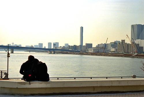春海橋公園の恋人たち
