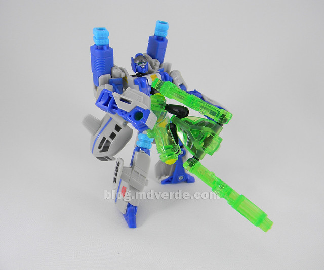 Transformers Searchlight Power Core Combiners - modo robot con Backwind