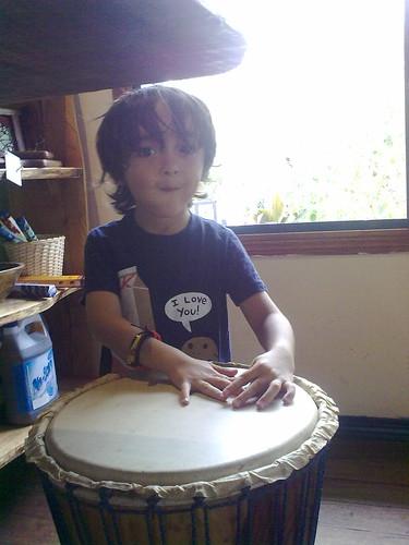 Toca el tambor