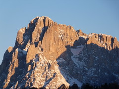 la montagna è............ROCK ! (giorgio 12) Tags: blu cielo neve roccia montagna bianco concordians lefotodigiorgio trasognoerealta lamontagnaèrock