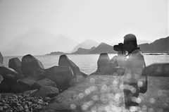 photography (Bold Huang) Tags: ocean camera blue sea portrait mountain coast nikon taiwan d7000 d3100